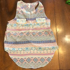 Sheer Printed Tank Top w/ Partially Open Back M